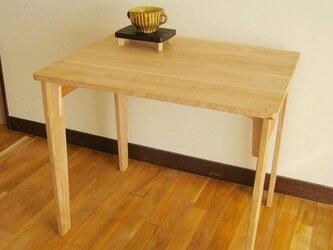 シンプルで軽量な学習机、ワークテーブル(国産無垢材使用)の画像
