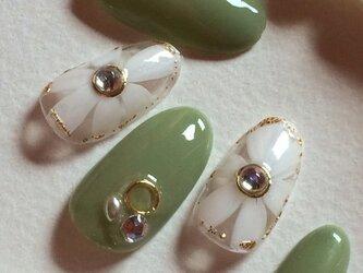 モスグリーン/大柄フラワー/ラメ/ビジュージェルネイルチップ☆の画像