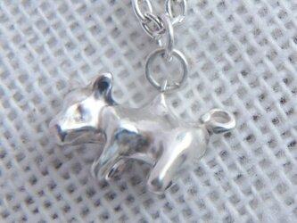 ちっちゃな子豚のネックレスの画像