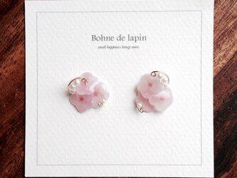 小さな桜のイヤリング・ピアスの画像