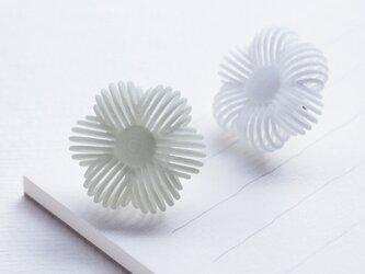 糸の花・ピアスの画像