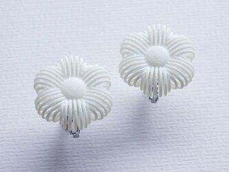 糸の花・イヤリングの画像