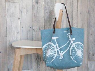 バイオウォッシュ帆布トートバッグ、自転車、スモーキーブルーの画像