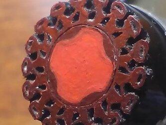 黒い牛の角版子 「丸い枠 i」の画像