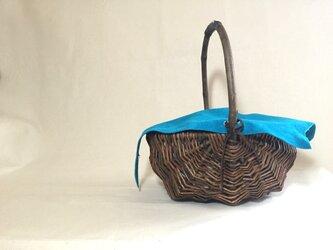 Willow Basket Velour Bagの画像
