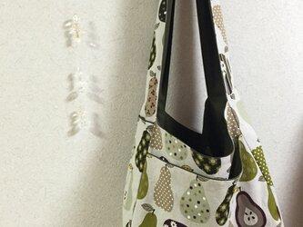 斜め掛けのデカ布かばんの画像