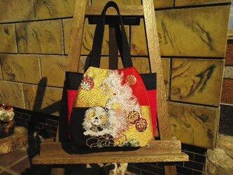 刺繍チューリップバッグの画像