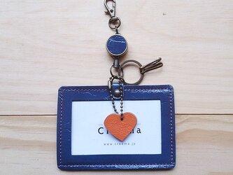 【受注製作】レザーIDケース(コードリール・キーリング付き) #heart-青エナメルの画像