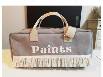 女の子絵の具名前入り刺繍バッグ(グレー×ホワイト)の画像