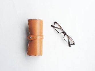 栃木レザーを使った巻物メガネケース キャメルの画像