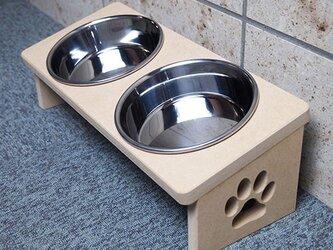 猫用 食器台 W 肉球デザインの画像
