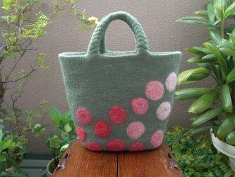 ♪sale  マルシェ型トート 春の花畑の画像