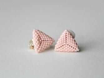 ビーズ編みのさんかくイヤリング PINKの画像