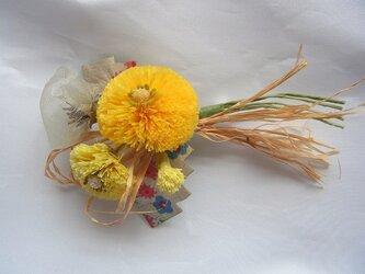 タンポポと綿毛のコサージュ(小)の画像