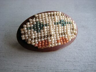JAN beads barretteの画像