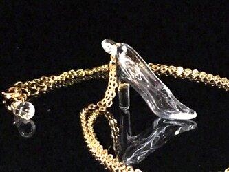 ガラスの靴 ネックレスの画像
