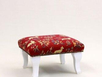 足置きフットスツール 動物赤 脚白の画像