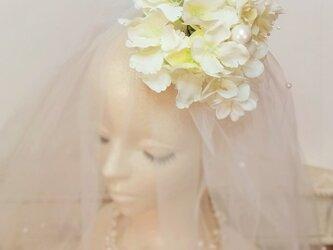 フランスあじさいのヘッドドレス☆*:.バニラホワイトの画像