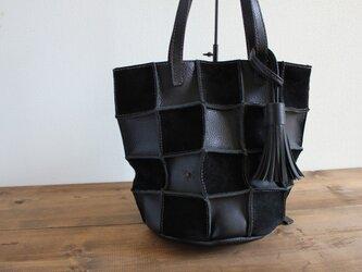 手縫い Patchwork tote M (ブラック)の画像
