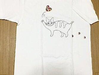 猫刺繍Tシャツの画像