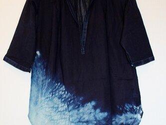 ◆100%自然素材 天然灰汁発酵建て 本藍染め作品◆ 裾絞り模様 五分袖チュニックの画像