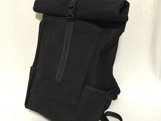 coil backpack BKの画像