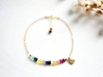 勝利+冷静+知恵を象徴する石 エメラルド ルビー サファイアのカラフル 虹のブレスレットの画像