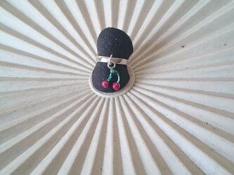 さくらんぼの指輪の画像
