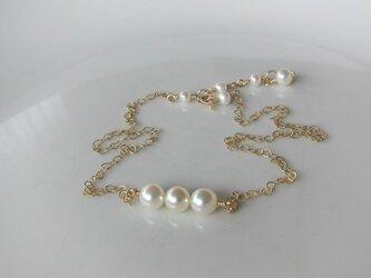 あこや真珠のトリプレット・ネックレスの画像