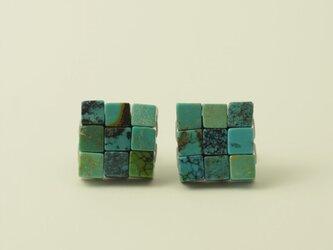江戸の小袖™シリーズ  ピアス(天然石 トルコ石 ターコイズ)・チタンポストの画像