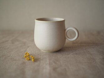 白釉マグカップの画像