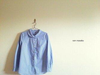 パリッとチェックのレトロ襟ブラウス*青×白の画像