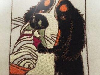 バーニーズマウンテンドックの刺繍ワッペンの画像