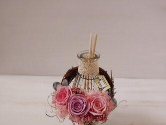 フレグランスボトルリース(ピンク&パープル)の画像