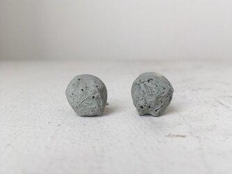 陶器イヤリング 化石Gの画像