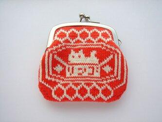 編み込みのがま口 リンゴ箱のねこ 赤の画像