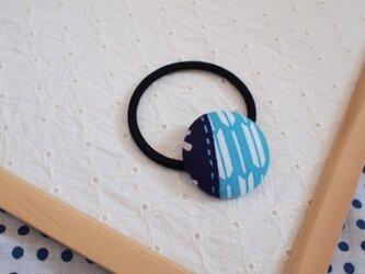 水色矢がすりのヘアゴム2の画像
