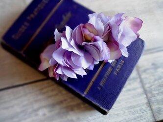 バレッタ■紫陽花の花びら■ラベンダーの画像