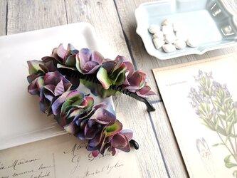 バナナクリップ■紫陽花の花びら■グリーン×パープルの画像