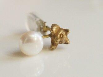 パールと猫のイヤリング/アンティーク 片耳の画像