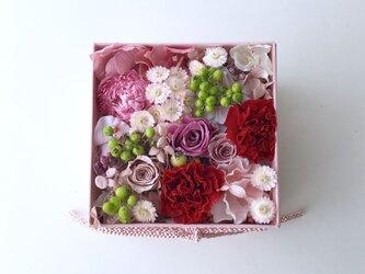 薔薇のフラワーボックスの画像