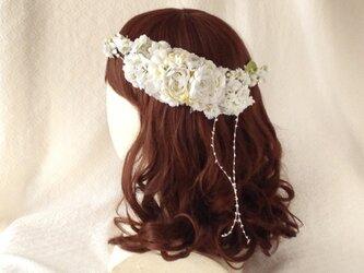 <受注制作>染め花のガーランドと髪飾りのセット(ホワイトグリーン)の画像