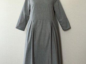 SALE 8分袖のワンピースの画像