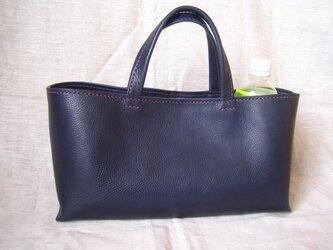 【jun様オーダー品】イタリア製牛革のしっかり横長トートバッグ(紺色・M)の画像
