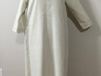 ♦︎七分袖の綿麻ワンピースの画像