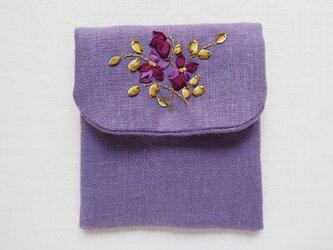 リボン刺しゅうのアクセサリーポーチ すみれ・Purpleの画像