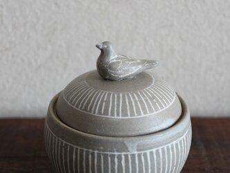 鳥 蓋物の画像