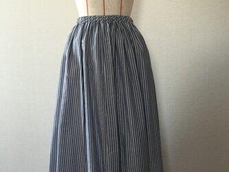 裾パイピングの12枚ハギスカートの画像