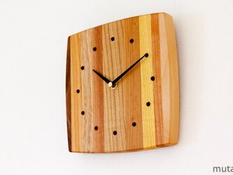 寄せ木の壁掛け時計 曲線12の画像