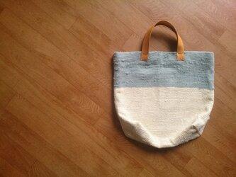 着物リメイク バイカラーの裂き織りバッグの画像